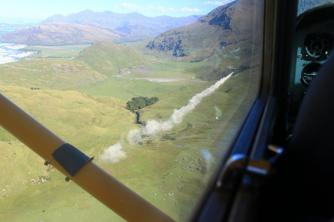 Aerial spread of fertilizer in the Matukituki Valley near Wanaka2. Jim and Linda. Mar 10