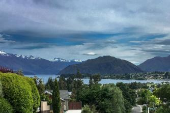 Wanaka Town and Lake